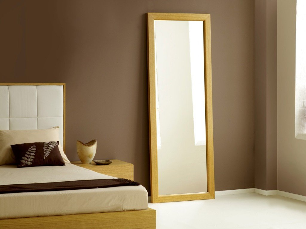 Different Types of Mirrors for Your Bedroom in Aldgate ...