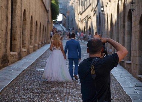 The Importance Of Hiring Best Wedding Photographers Sydney